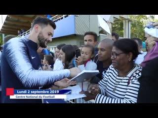 Séance dédicaces et selfies, equipe de france i fff 2019