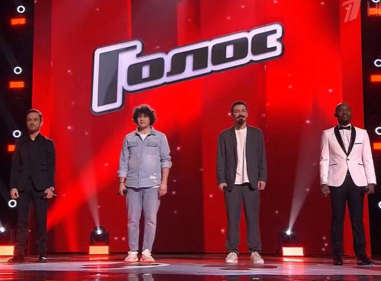 Голос 8 финалисты Аскер Бербеков, Антон Токарев, Ив Набиев, Арсен Мукенди