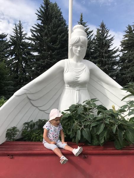 бадеха ксения владимировна фото десантное военное училище