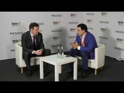 Леонид Левин председатель комитета Гос Думы по инф ной политике инфо ным технологиям и связи