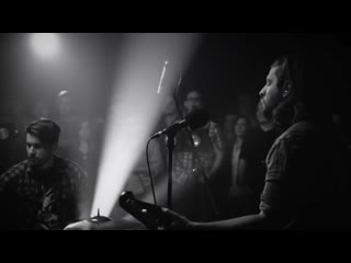Welshly Arms - Legendary (Live Performance)