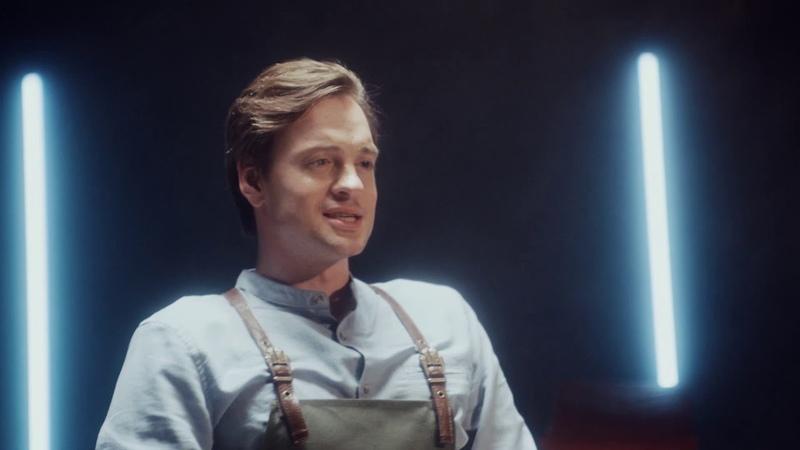 Раунд 2 Александр Соколовский с салатными заправками Я люблю готовить наносит ответный удар