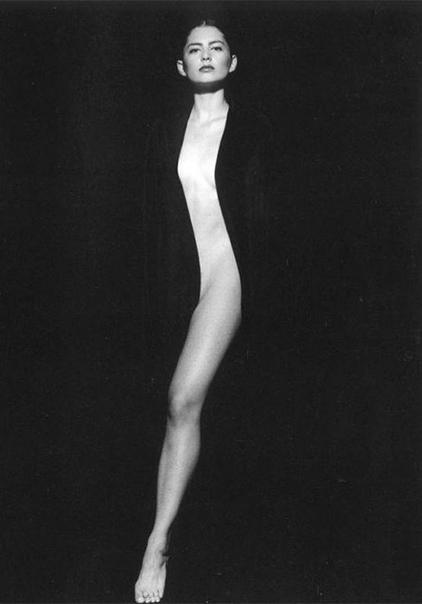Тоно Стано (Tono Stano)  один из самых авторитетных чешских фотографов современности.Первый успех ему принесли чёрно-белые фотографии. Самым известным по сей день остаётся снимок «Sense»