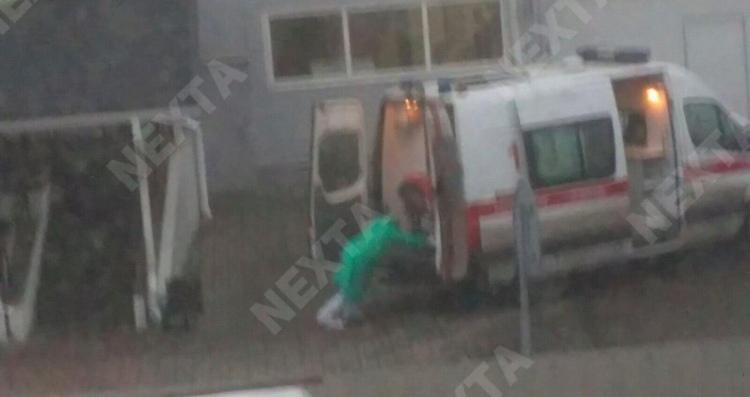 Дальнобойщика под Минском увезли в больницу в изоляционном боксе. Коронавирус не подтвердился