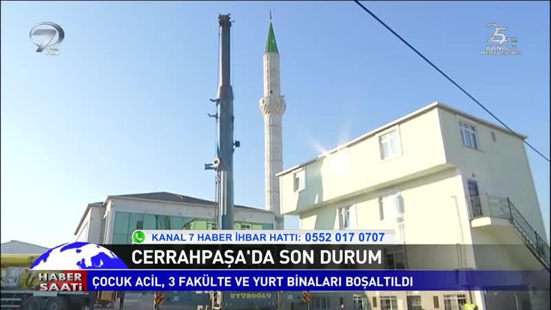 Hasarlı Minare Yıkılıyor