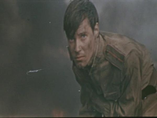 Бери шинель пошли домой кино фрагмент с песней из к ф Аты баты шли солдаты