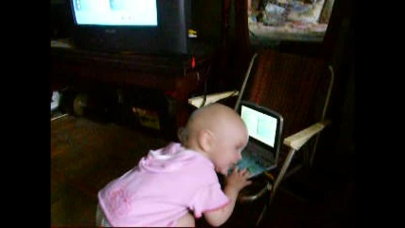2009 год, маленькая Женя. Песни од dvd с 430