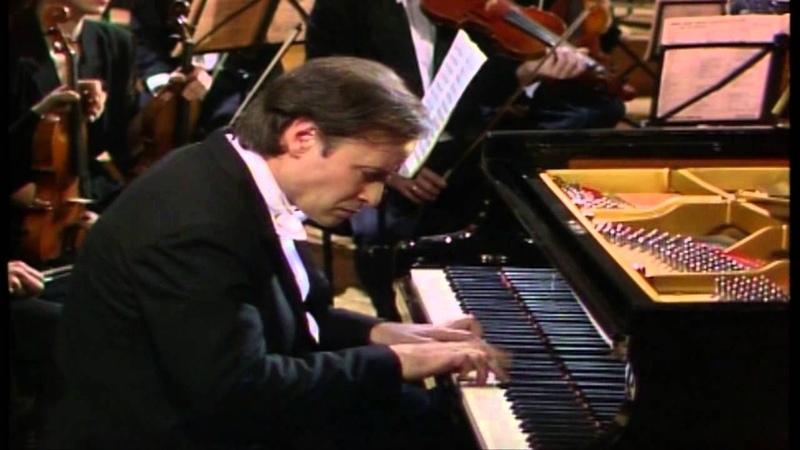 Homero Francesch W A Mozart Piano Concerto No26 in D Major K537 Coronation