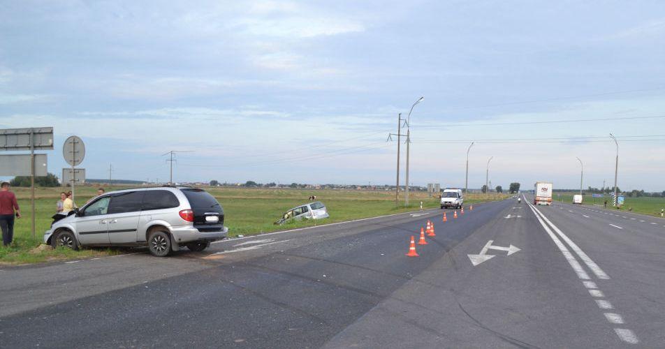 Брестский район: неграмотные действия водителя повлекли травмы пассажиров