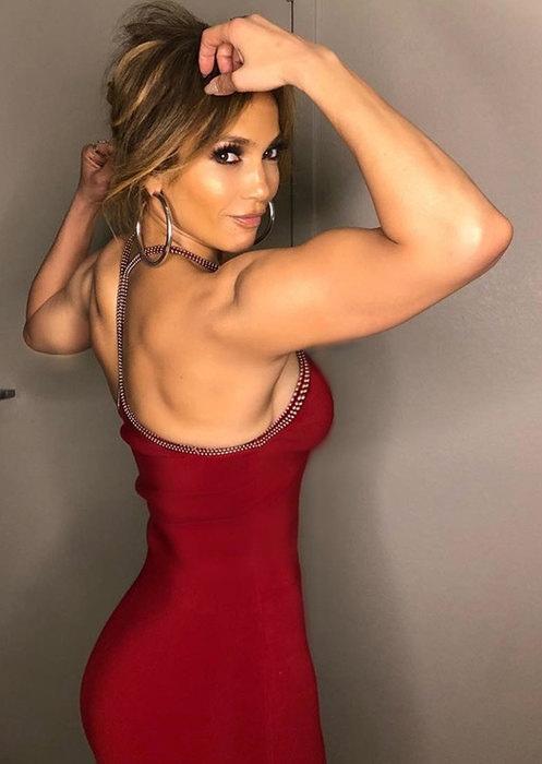 Сильная и независимая: Дженнифер Лопес и другие звёзды с мускулистыми руками