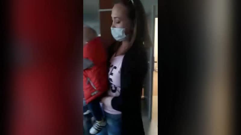 Толпы пациентов в Новочебоксарской больнице