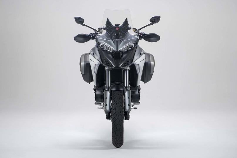 Качественные фото Ducati Multistrada V4 / V4 S 2021