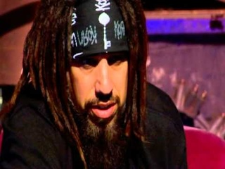 Korn - Fieldy teaching to play the music Freak on A Leash and Got The Life