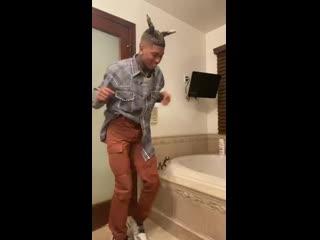 Танец NLE Choppa