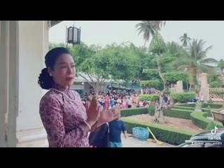 Nhật Kim Anh quay phim Lưới Trời của Đạo diễn Nguyễn Phương Điền bi khán giả bao vây từ 7h sáng