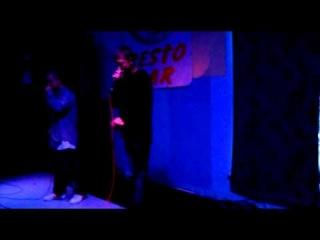 Junior (Monolog) feat Этаж - Что-то новое (live)(хип-хоп маяк )