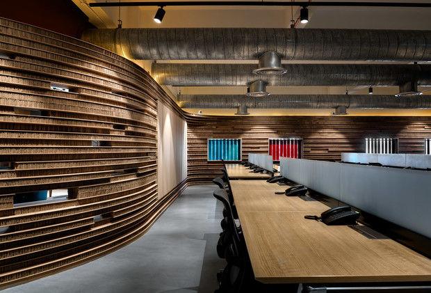Офис с картонными перегородками в Индии