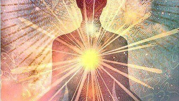 Бесценен Свет что есть внутри Теплом любви питая душу Как важно всем его найти Чтоб излучать святые чувства
