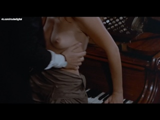 Britt Ekland Nude - Endless Night (1972) HD 1080p BluRay Watch Online / Бритт Экланд - Бесконечная ночь