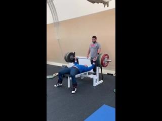 190 кг Артём Окулов