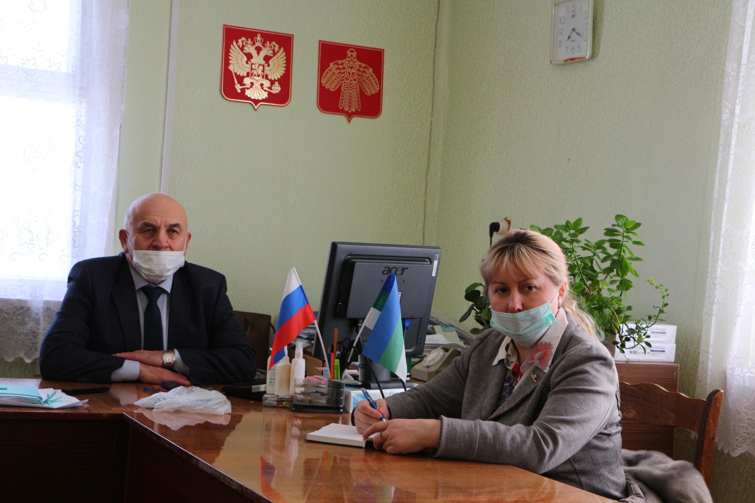 Николай Жилин провел личный прием в селах Глотово и Буткан