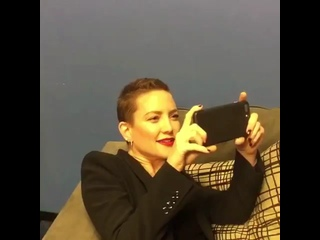 Кейт Хадсон смотрит трейлер «Последнего джедая»