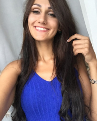 Карина Каружель