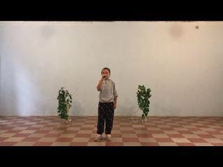 Video by Ania Charmanova