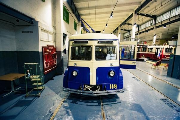 Коллекция музея городского электрического транспор...