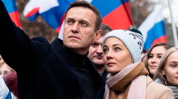 Европарламент присудил Алексею Навальному премию С...