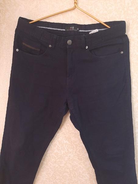 Продам двое поростковых джинс б/у почти новые,одев...