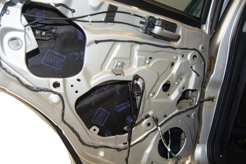 Шумоизоляция салона Suzuki SX4, изображение №9