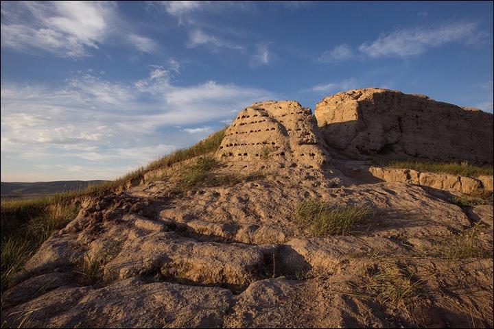 Тайна древней крепости Пор-Бажын, построенной на острове в сибирском озере, изображение №15