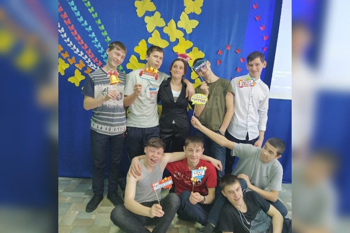 Алексей, 19, Leninskoye