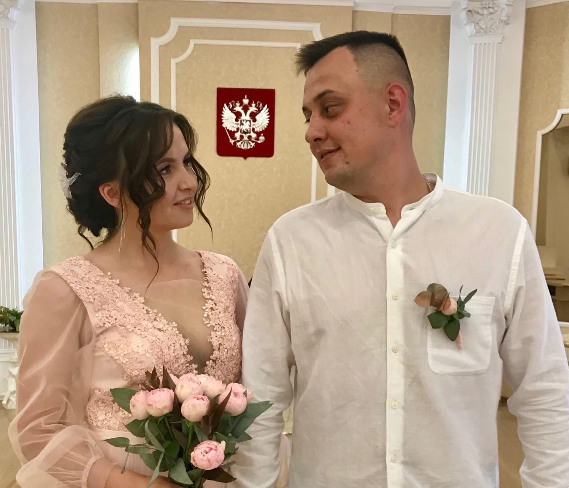 100-ая пара молодожёнов зарегистрирована в можгинском ЗАГСеКрасивая