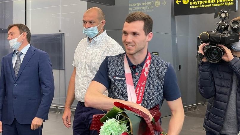 В Саратове встретили Паралимпийских чемпионов. Фоторепортаж