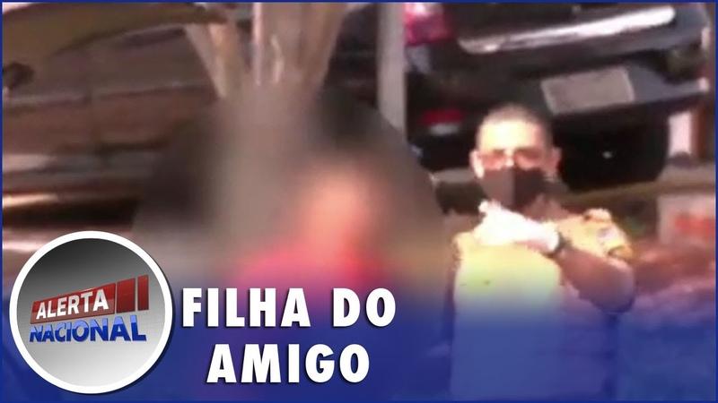 Pai flagra filha sendo abusada por amigo e o espanca no Paraná