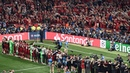 Goosebumps Spine tingling rendition of You'll Never Walk Alone by Liverpool fans and players