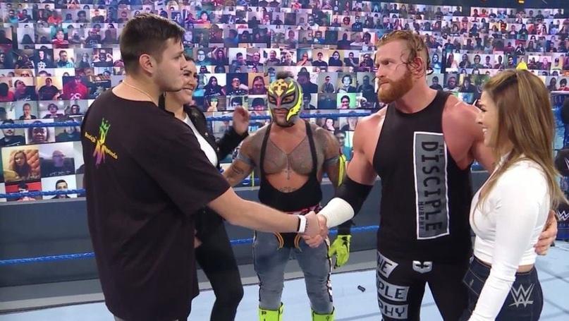 SmackDown 13.11.20, изображение №6