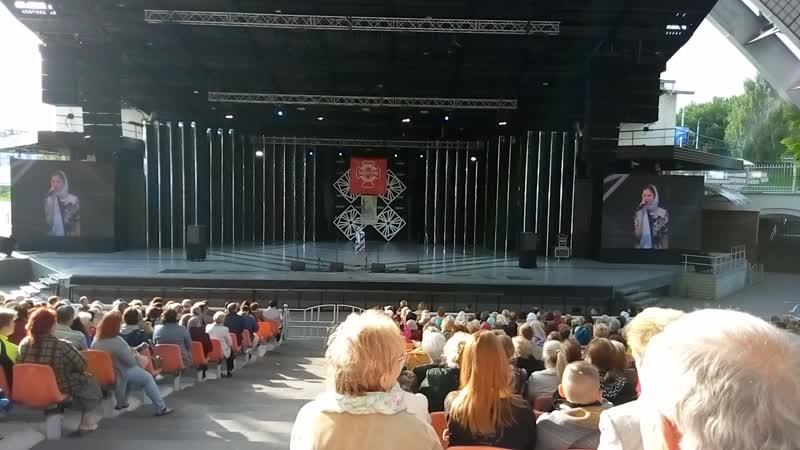 Дарья Татарчук - Думать о Боге. Выступление в Летнем Амфитеатре в Витебске на гала-концерте Фестиваля Одигитрия