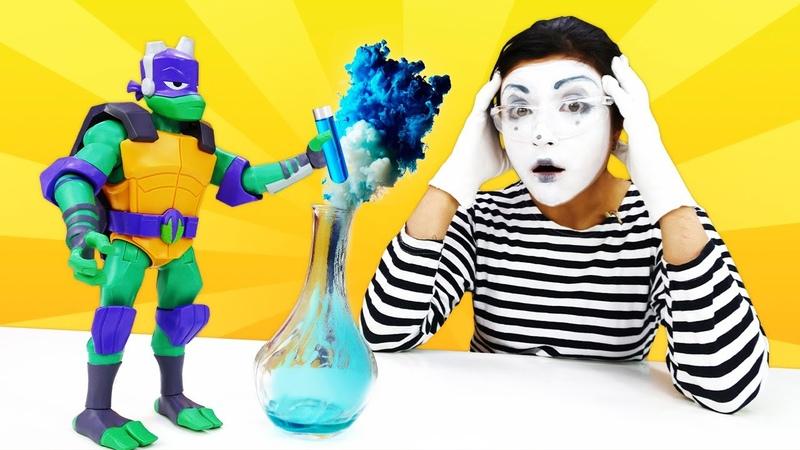 Tolles Spielzeug Video für Kinder Die Verzauberte Pizza Lustige Clownin und Ninja Turtles